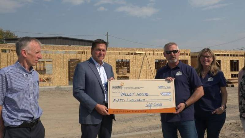 Glanbia donated $50,000 to the Valley House.