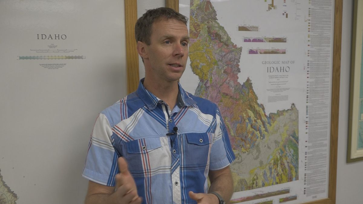 Shawn Willsey, geology profession with College of Southern Idaho.