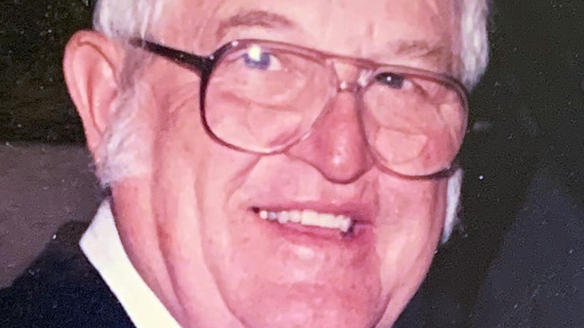 Eldon T. Loveless, an 88-year-old resident of Burley, passed away at home on Saturday, November...