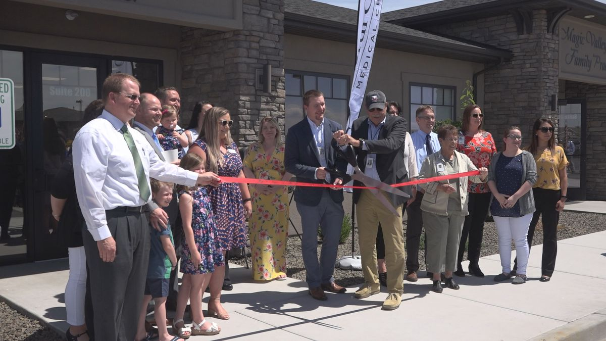 North Canyon Medical Center ribbon cutting for Twin Falls clinic (KMVT image)