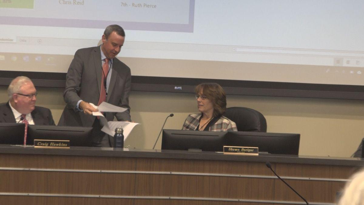 Suzanne Hawkins becomes Twin Falls Mayor in 4-3 vote (Jake Manuel Brasil)