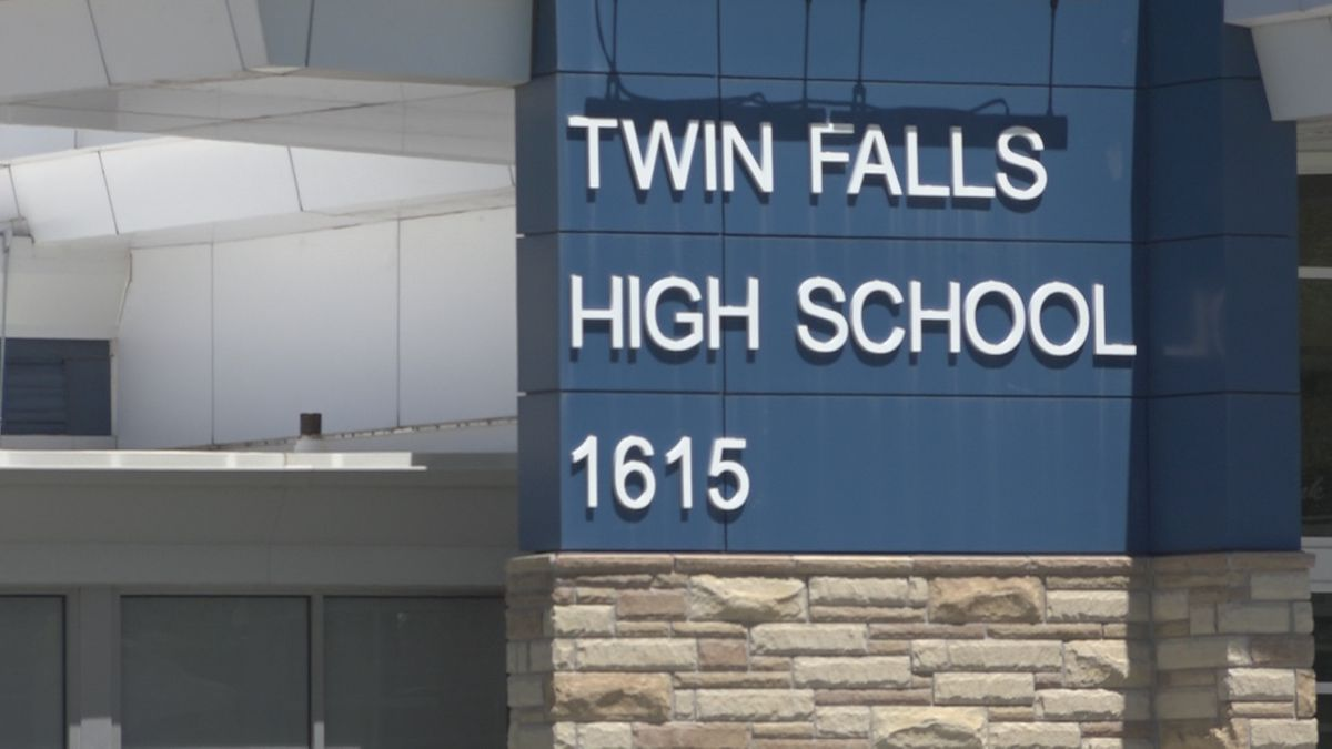 The Twin Falls School District has drafted it plans to decide the safest ways to get students back into schools. Following approximately 9,600 Twin Falls students who had to leave their desks and move to online learning in the spring, due to a surge of coronavirus cases in the state.