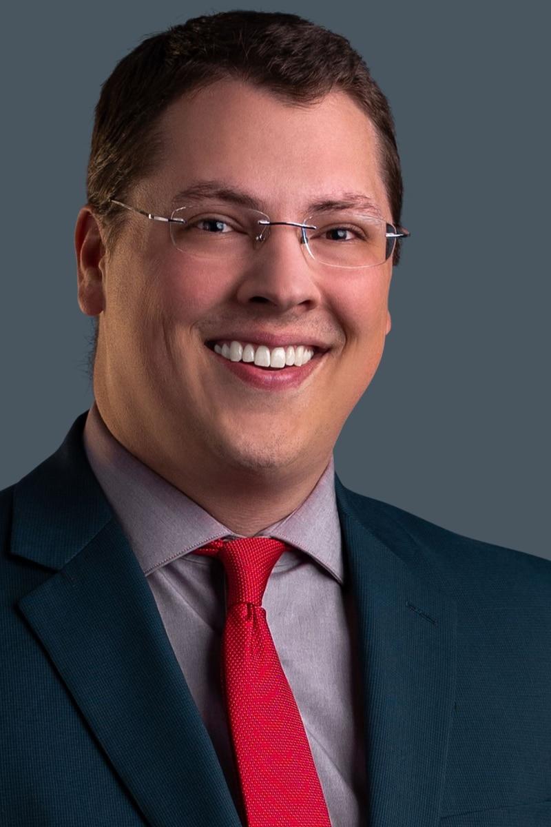 Headshot of Max Mueller, Morning Meteorologist