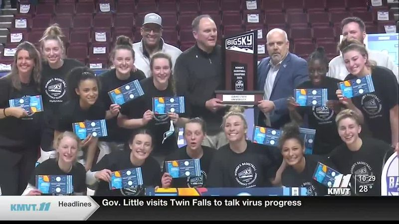 Idaho State poses with their Big Sky championship trophy and tickets punched.
