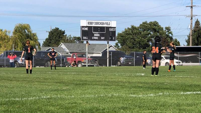 The Trojans scored three straight goals to defeat the Indians.