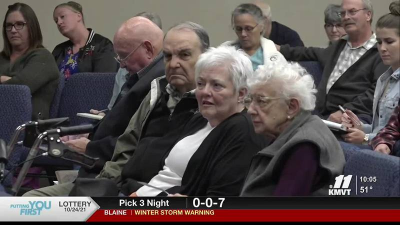 Seat 1 candidates make case for City Council.