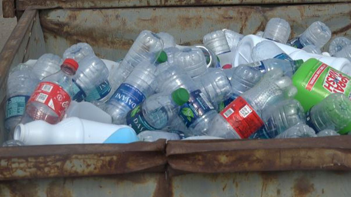 The new program that the city of Twin Falls is implementing will only take aluminum, cardboard, and tin. People can still recycle their plastic though. (KMVT)