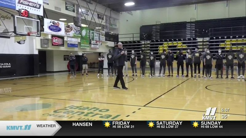 The CSI basketball teams prepare for their journey to the NJCAA national tournaments.