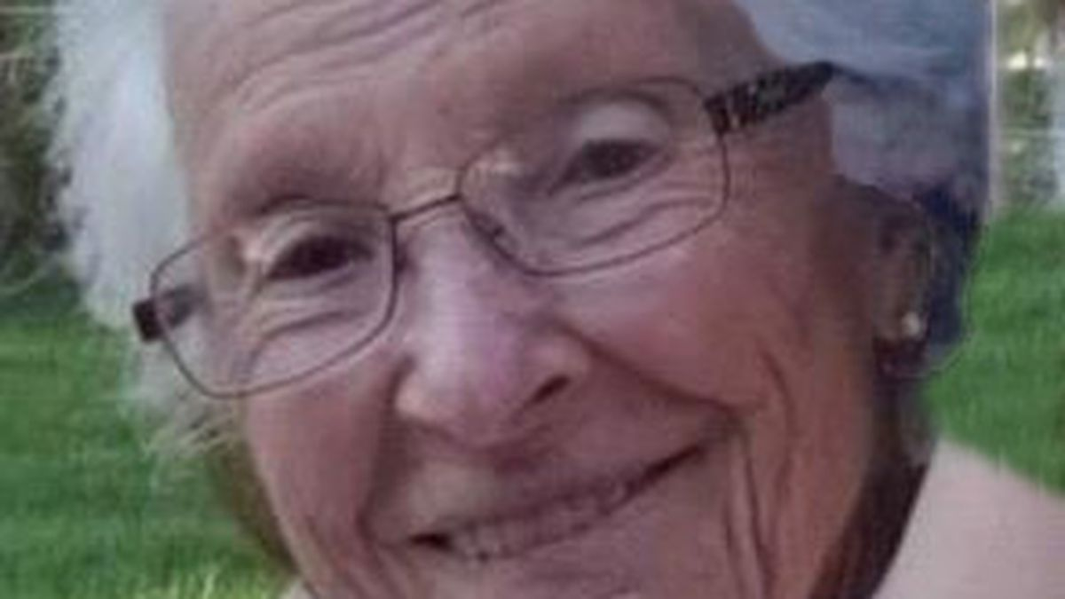 Gladys Jeanne Nelson Scott, known to everyone that knew her as Jeanne, passed away November 13,...